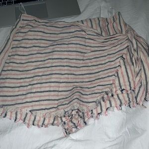 Stripped Dressy Shorts with envelope covering